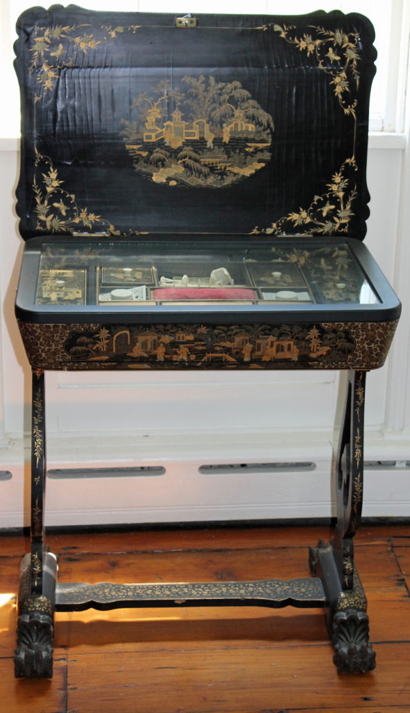 Chinese sewing table